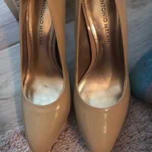 Antonio melani patent leather tan heels